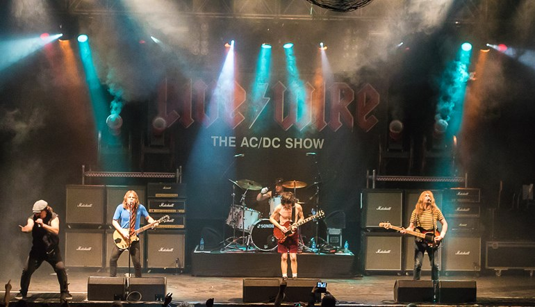 Live/Wire: The AC/DC Show